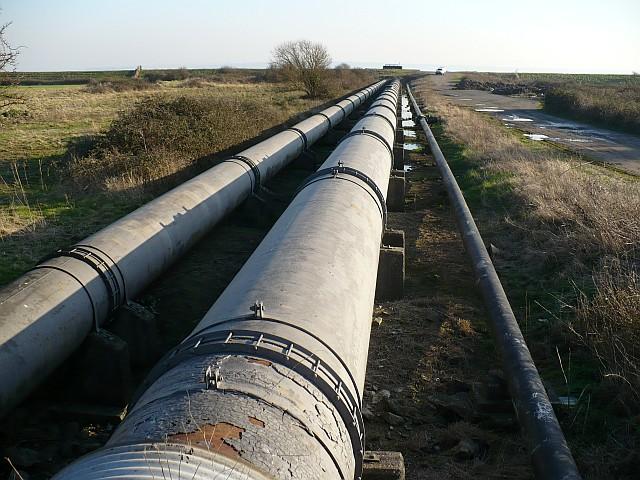 british_steel_pipeline_caldicot_level_-_geograph_org_uk_-_689097