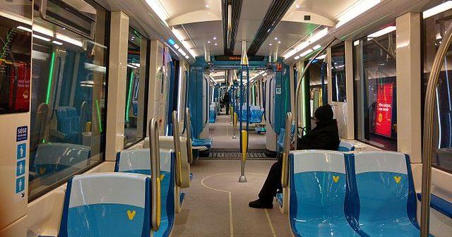 metro-azur-interieur