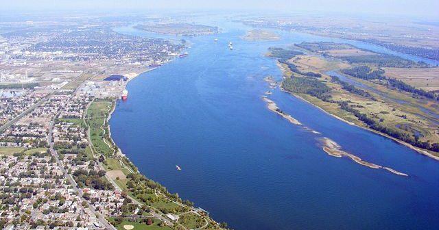640px-Le_fleuve_Saint-Laurent