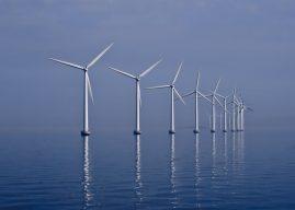 Inauguration de la première éolienne en mer française