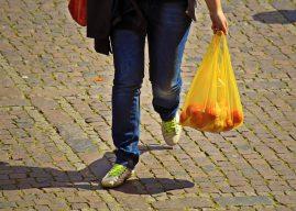 En Australie, l'interdiction des sacs en plastique provoque des réactions brutales